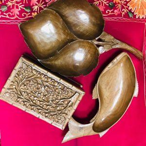 Индийски купи и кутии от дърво, мебели
